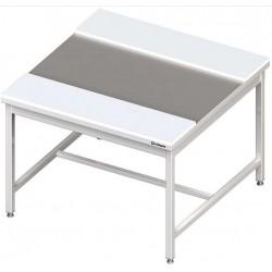 středový stůl šíře 1400 mm ST 060 s krájecími deskami